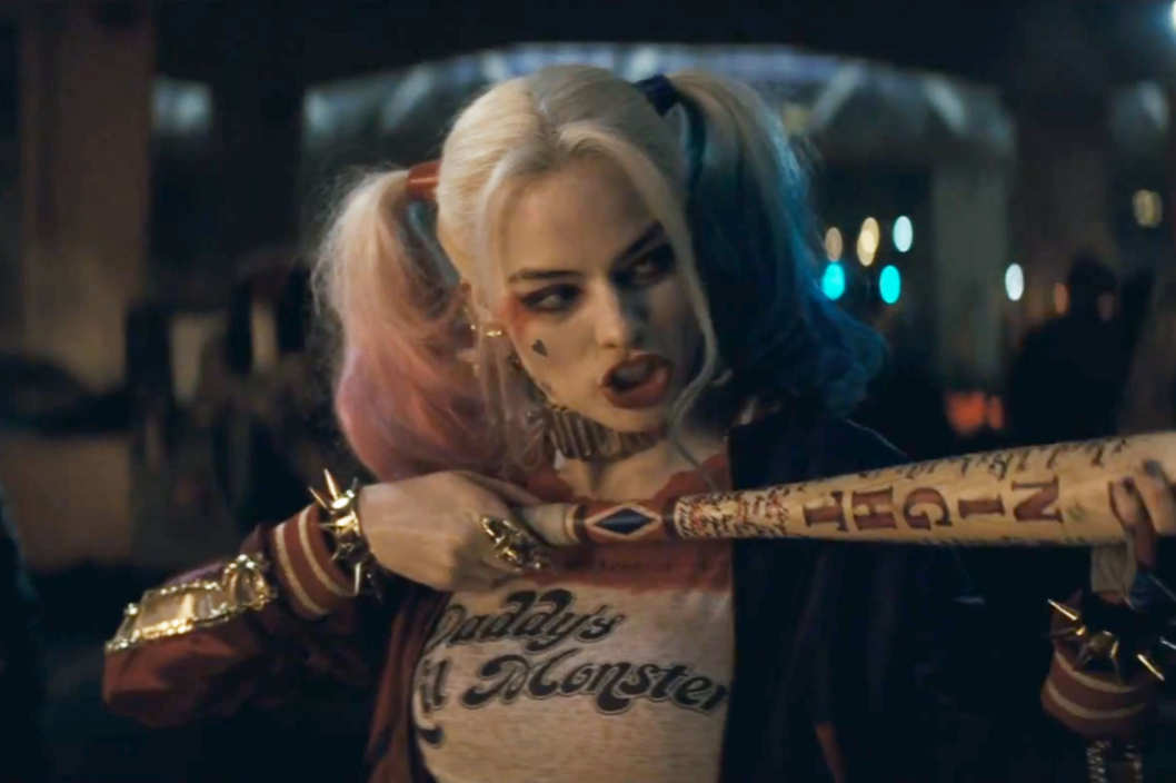 13-suicide-squad-harley-quinnw529h3522x.jpg